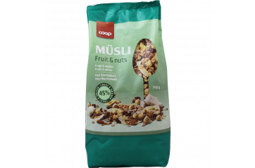 Coop Buesli Fruit and Nuts 750g